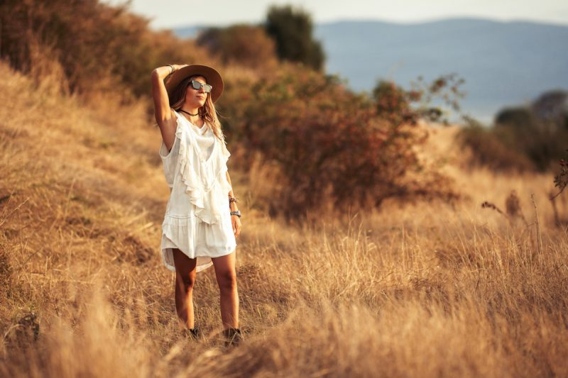 Фотосесия в есенни слънчогледи и други полета